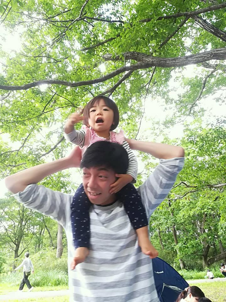 子供,娘,初めて,肩車,公園,バーベキュー,高い